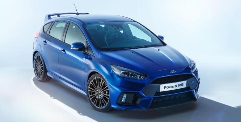 ford-focus-rs-04