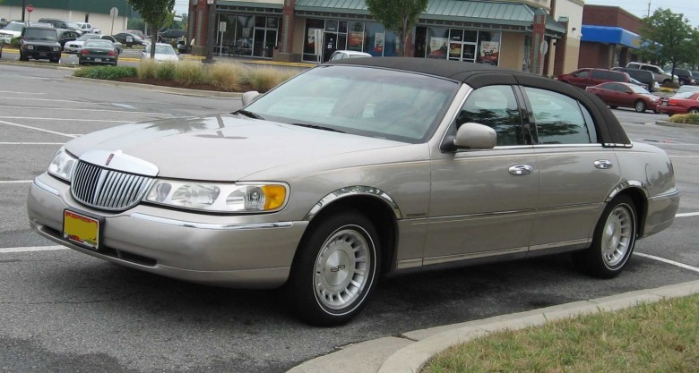 Lincoln Town Car Picture Gallery 1998 Lincoln Town Car – Pictures, Information And Specs   Auto