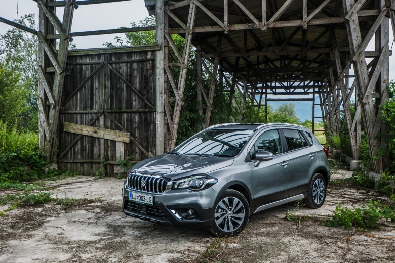 AVTOBLOG - SUZUKI TEST - Suzuki SX4 S-Cross 1.4 Boosterjet Elegance TOP All grip - zunanjost (10)