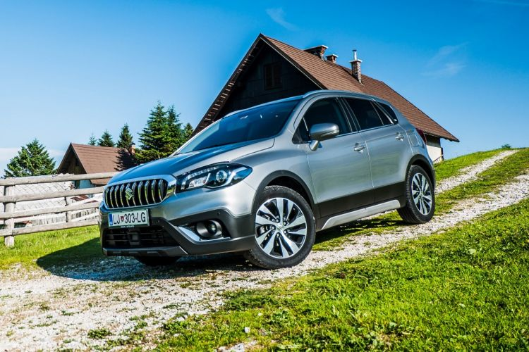 AVTOBLOG - SUZUKI TEST - Suzuki SX4 S-Cross 1.4 Boosterjet Elegance TOP All grip - zunanjost (2)