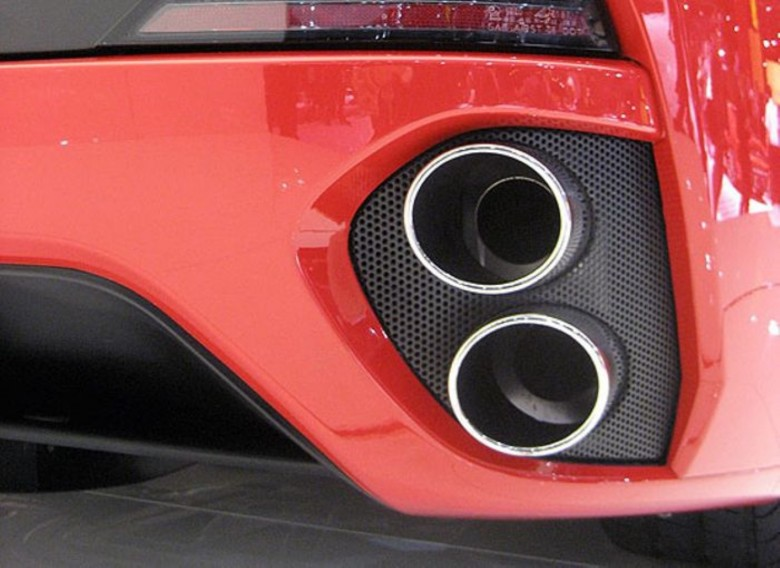 AVTOBLOG-fake-exhaust-tips (5)