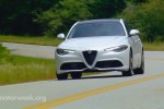 AVTOBLOG-motorweek-best-luxury-sedan (1)
